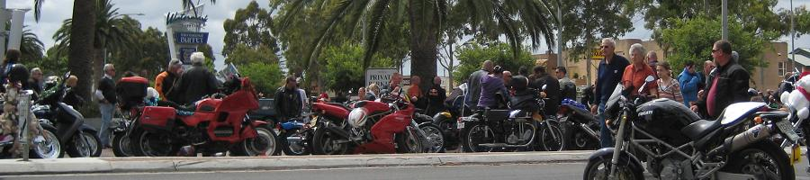 Glenelg, 2010 Toy Run